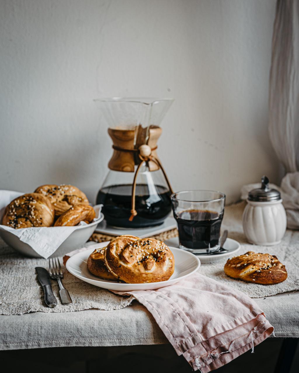 Chemex coffee and pretzels